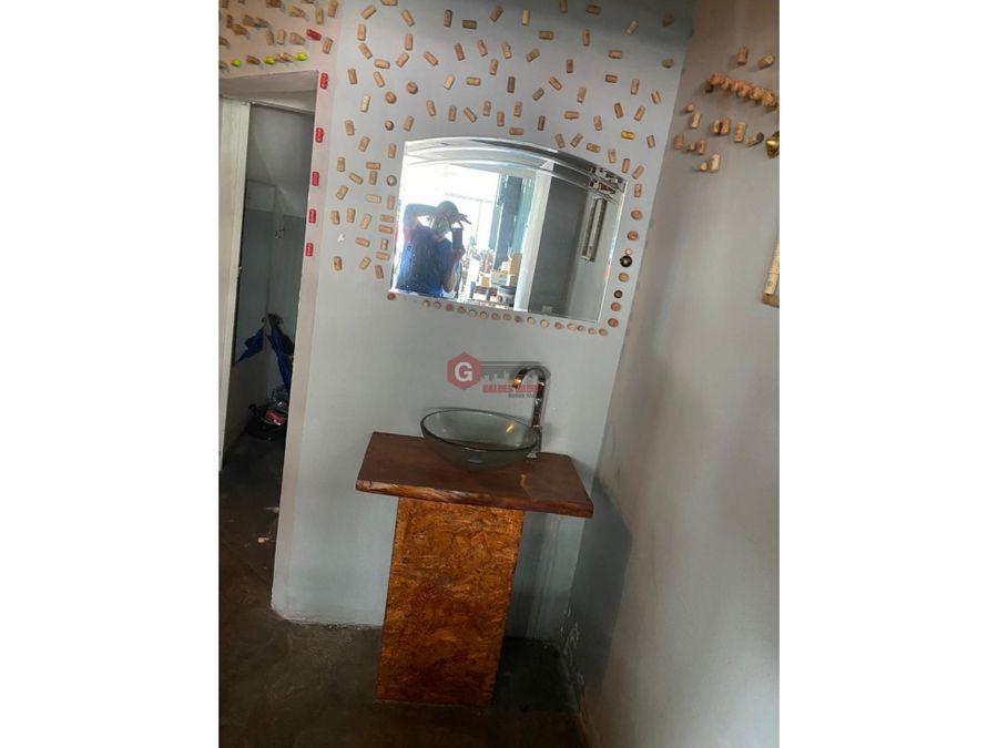 strip 58 obarrio local de esquina 200m2