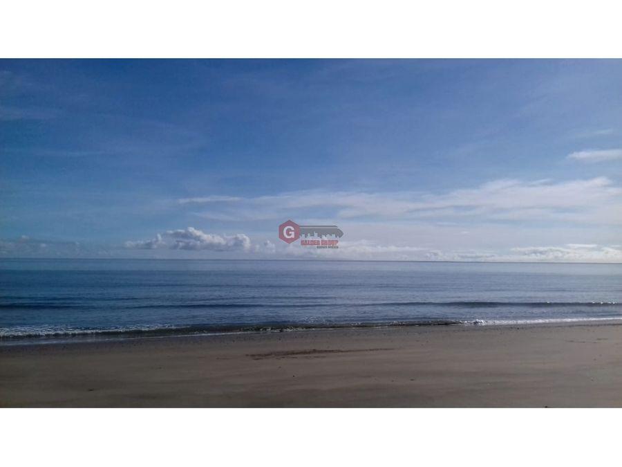 se vende finca pedasi frente de playa 146 hectareas
