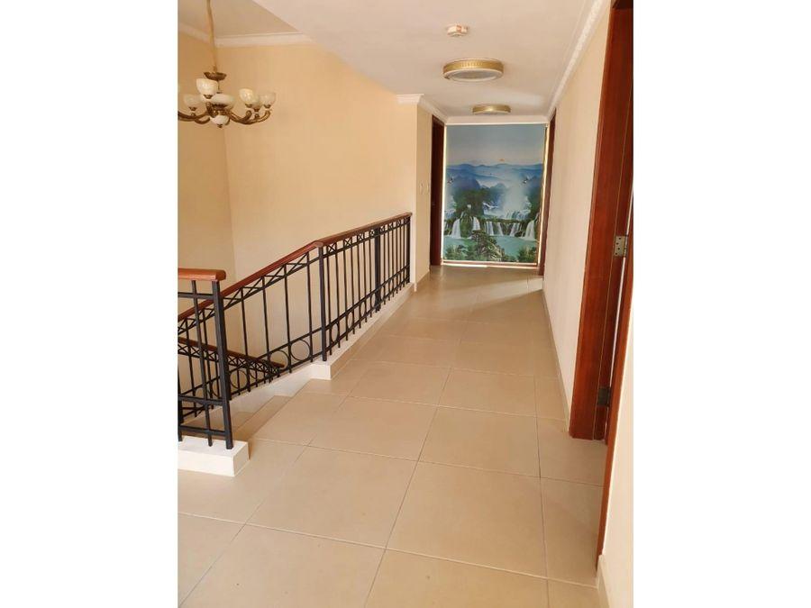 clayton ph los senderos 755m2 4 habitaciones