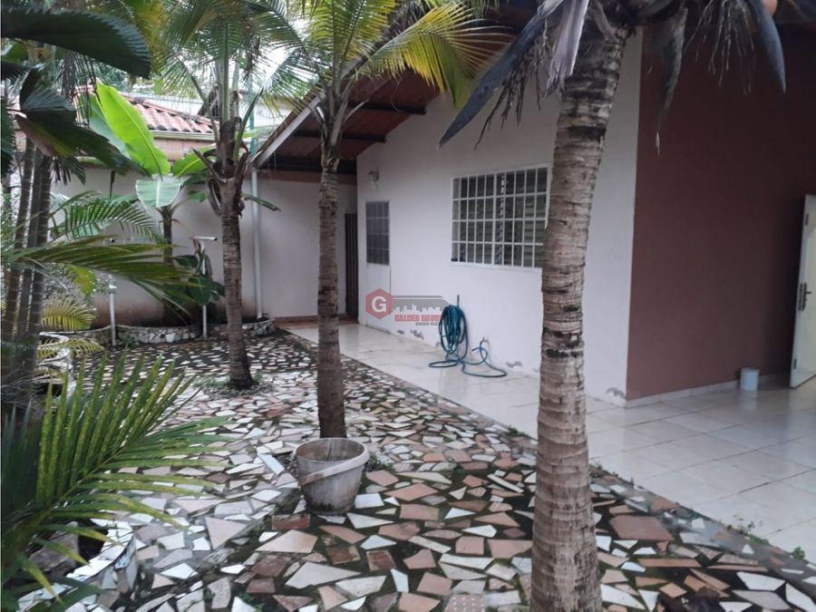 casa en venta brisas del golf 3 habitaciones 300 m2