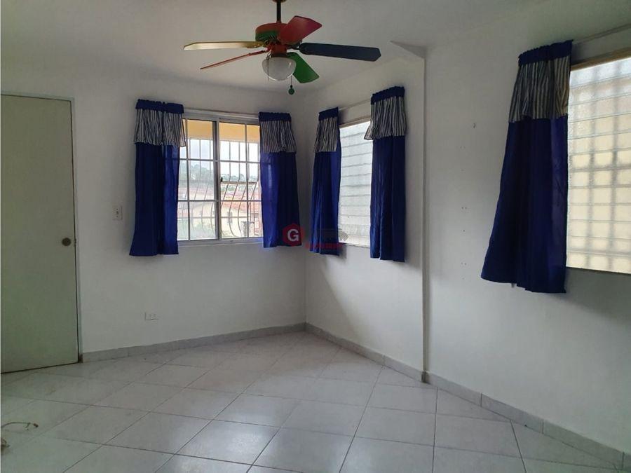 casa en venta condado del rey 3 habitaciones 210 m2