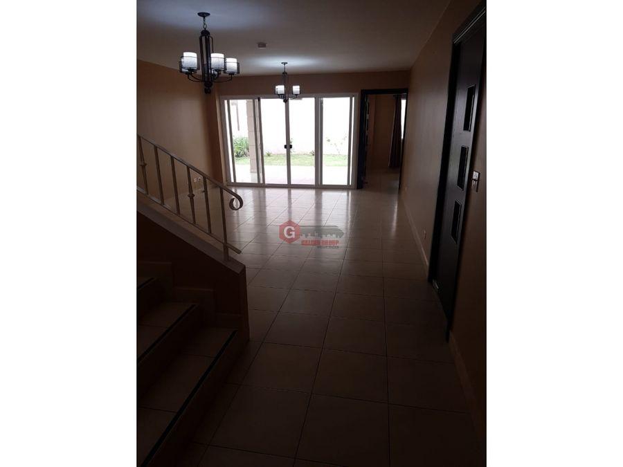 casa en venta brisas del golf ph villa tiber en esquina 356 m2