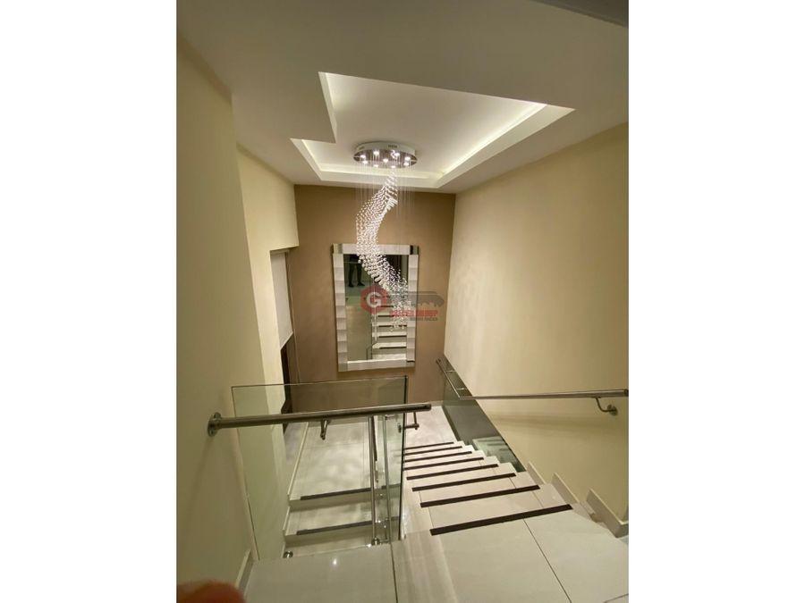 casa de lujo en san francisco 3 hab 25 bns 285m2