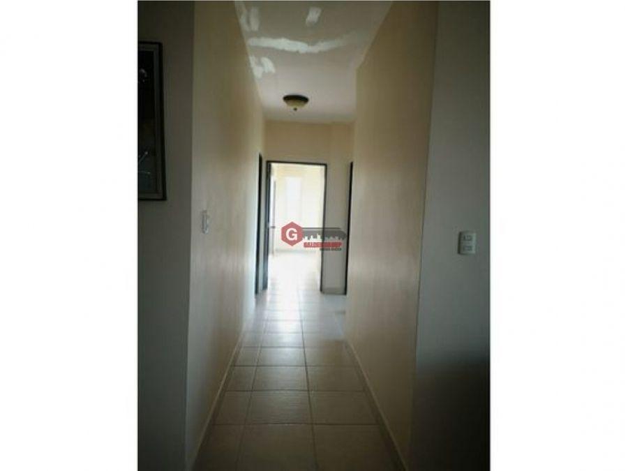 ph clayton park ancon 3 recamaras linea blanca 130 m2