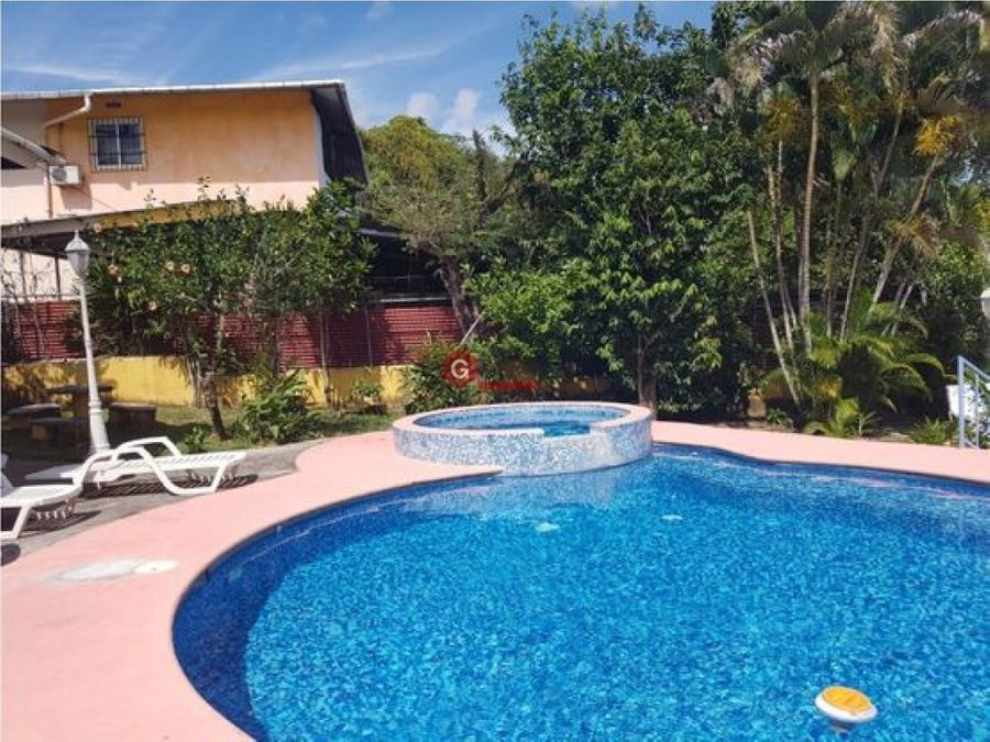 hermosa casa con piscina penonome 4 recamaras 1630 m2