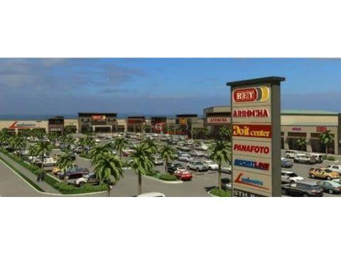 gran local comercial en boulevard santiago 460m2