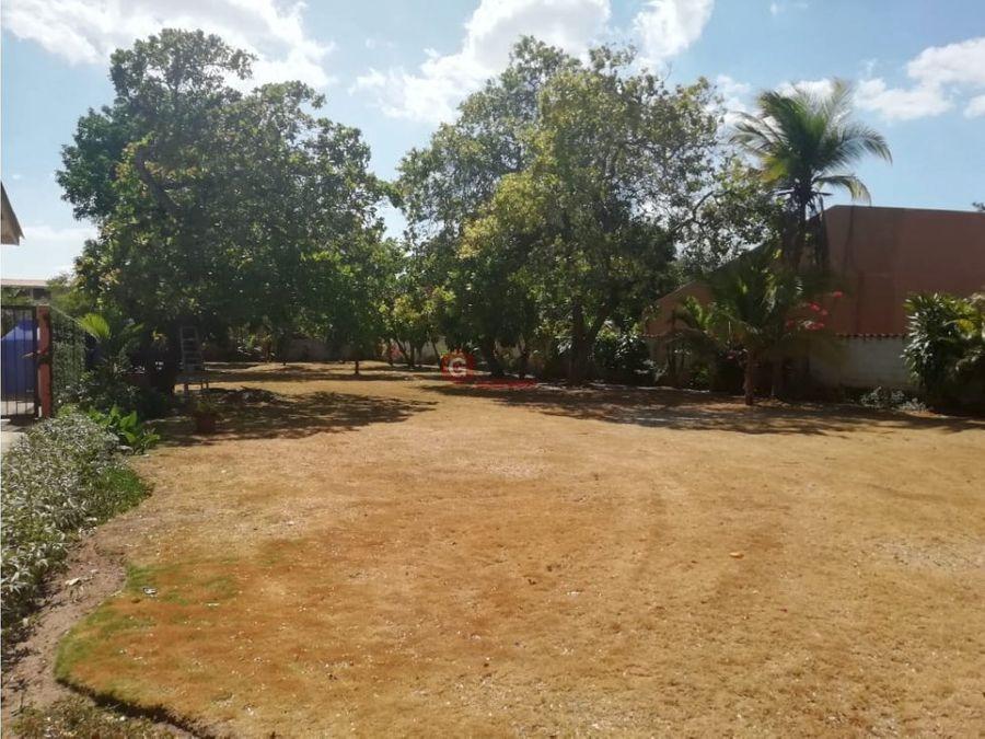 coronado terreno de 1080 m2 negociable