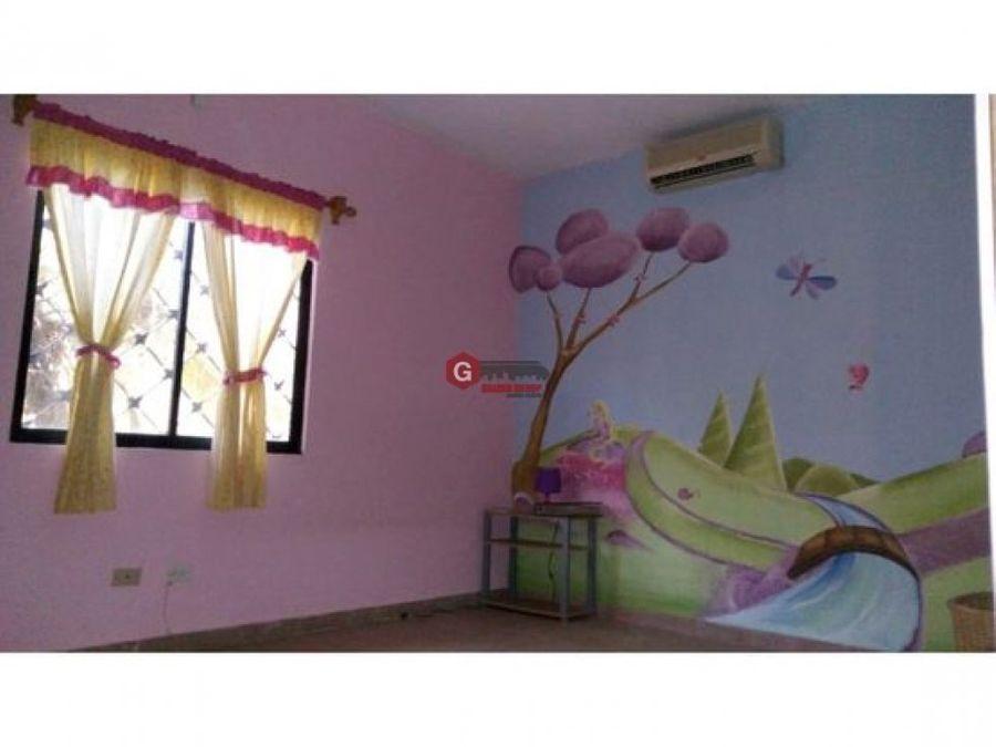 casa en villa zaita 3 hab 2 bans 1300m2