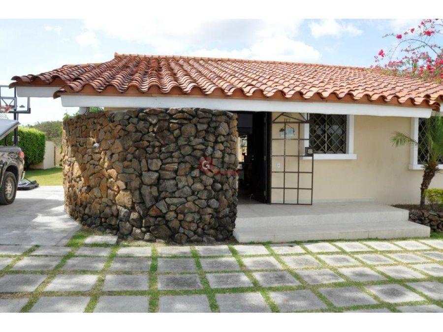 coronado casa en club ecuestre 1239 m2 de area