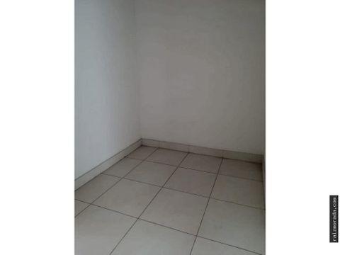 alquiler apartamento en 2do piso santa lucia