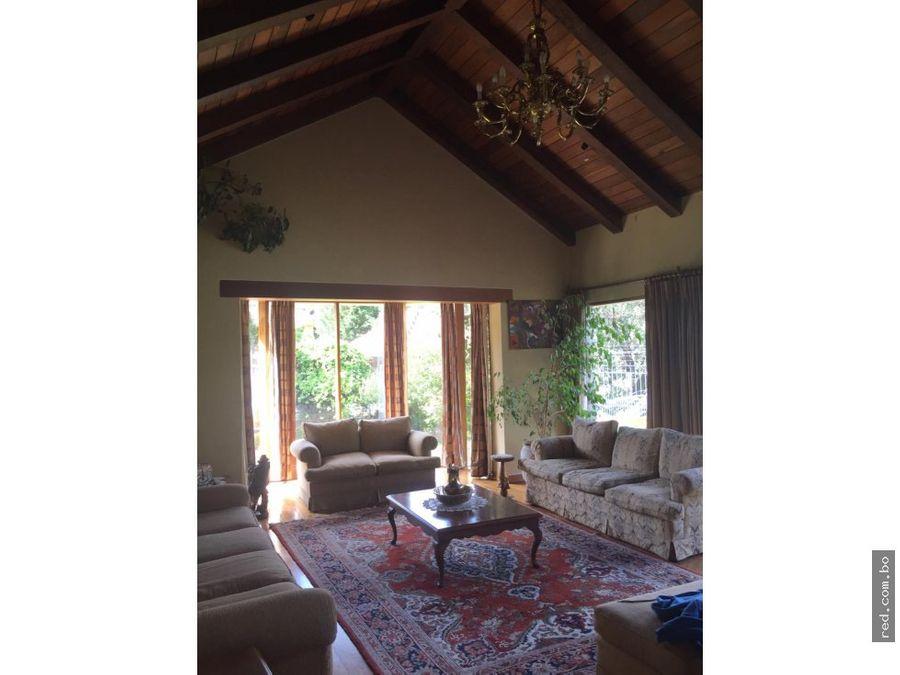 preciosa casa en isla verde golf mallasilla