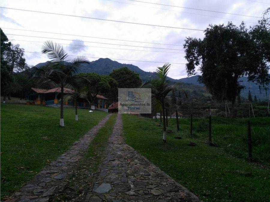 alquiler finca copacabana codigo 1308224