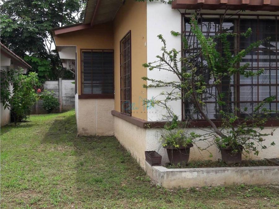 venta de casa en las cumbres valles del lago ollu1274