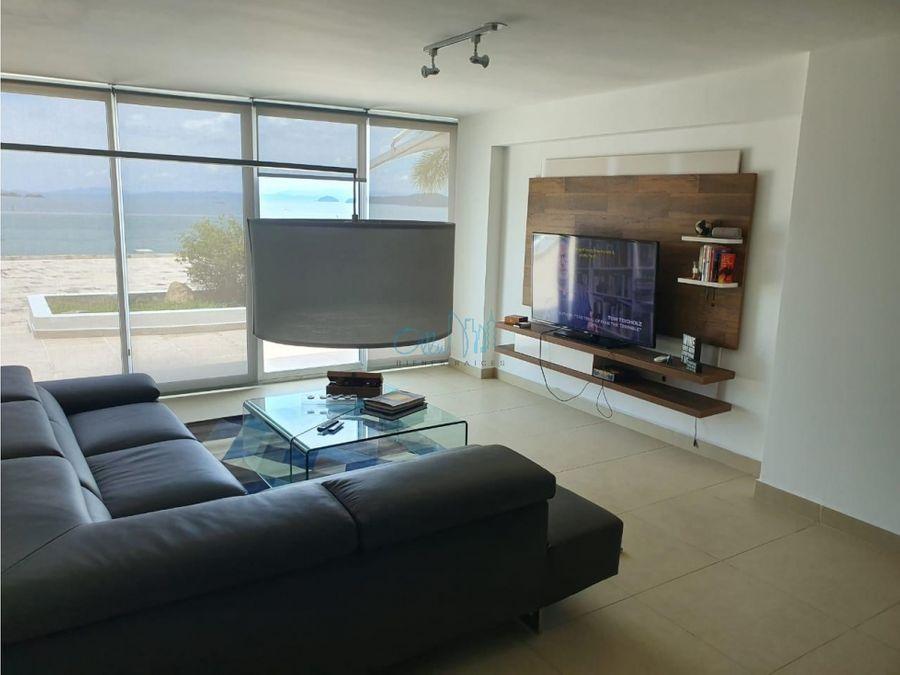 alquiler de apartamento en amador ollu2726