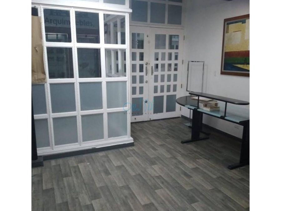 alquiler de oficina en avenida balboa ollu3054