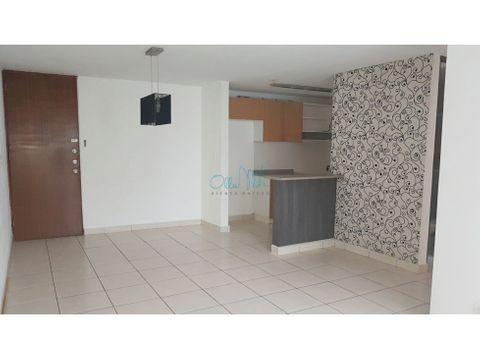 alquiler de apartamento en 12 de octubre ollu3086