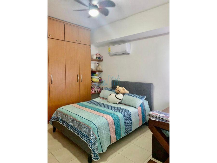 alquiler de apartamento en avenida balboa ollu2917