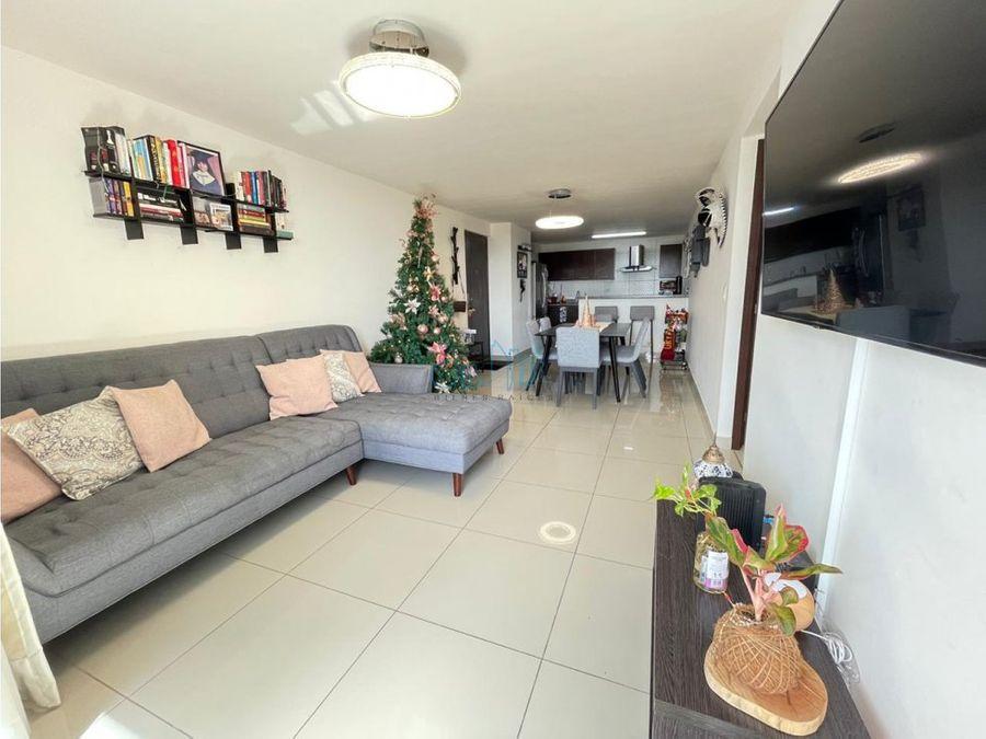 alquiler de apartamento en condado del rey ollu3036