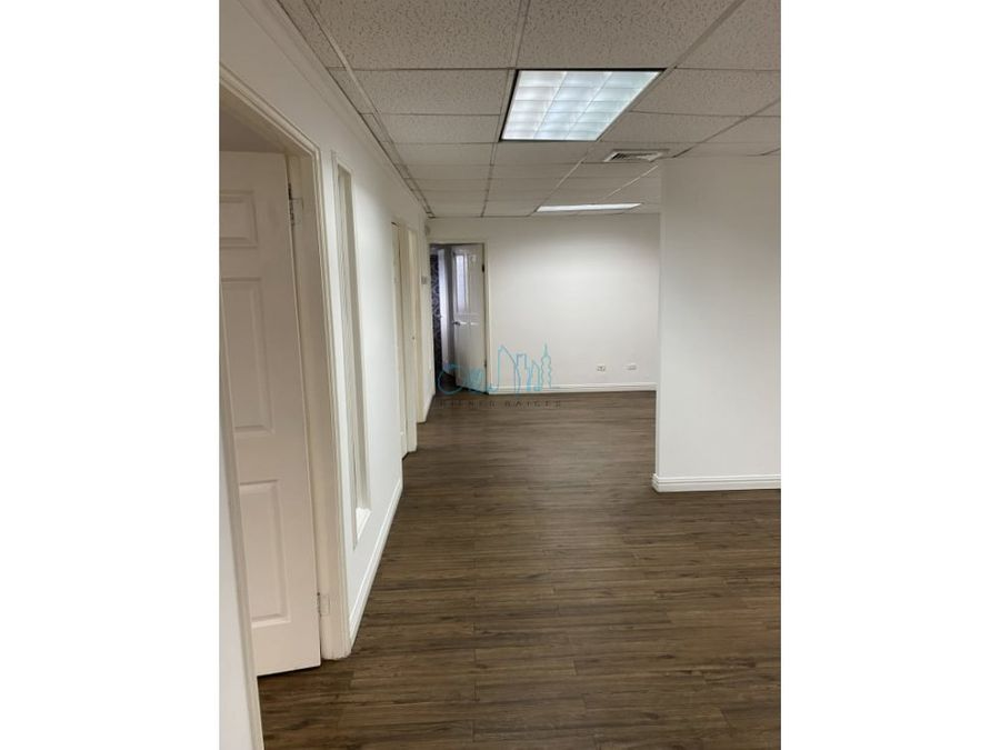 alquiler de oficina en obarrio ollu3024