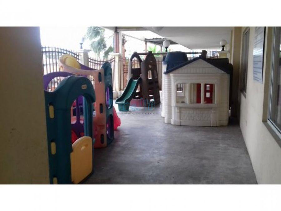 venta de apartamento en parque lefevre