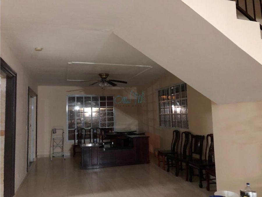 alquiler de casa en condado del rey ollu2456
