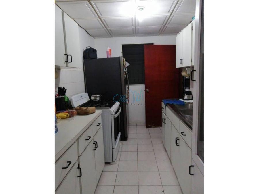 venta de anexo de casa en chanis ollu3021