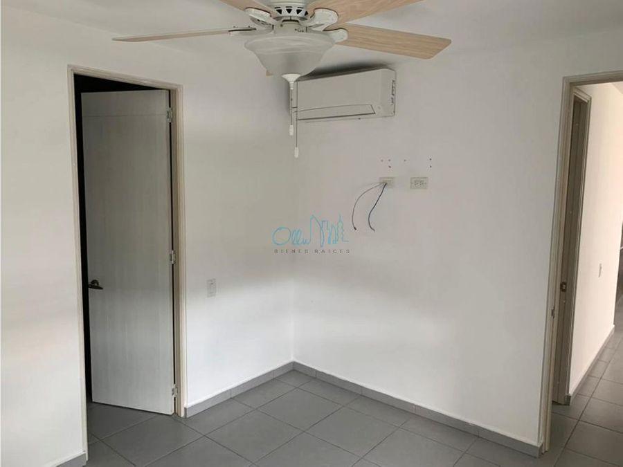 alquiler de apartamento en tumba muerto ollu2826