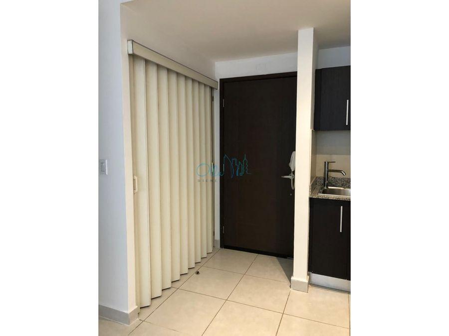 alquiler de apartamento en av balboa ph bay view ollu2576