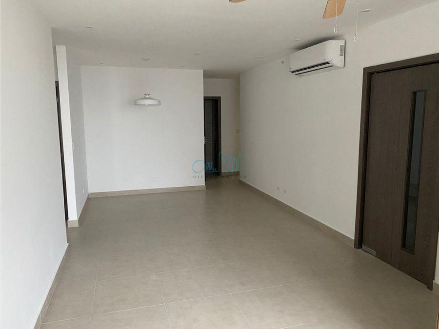 alquiler de apartamento en el cangrejo ollu2896