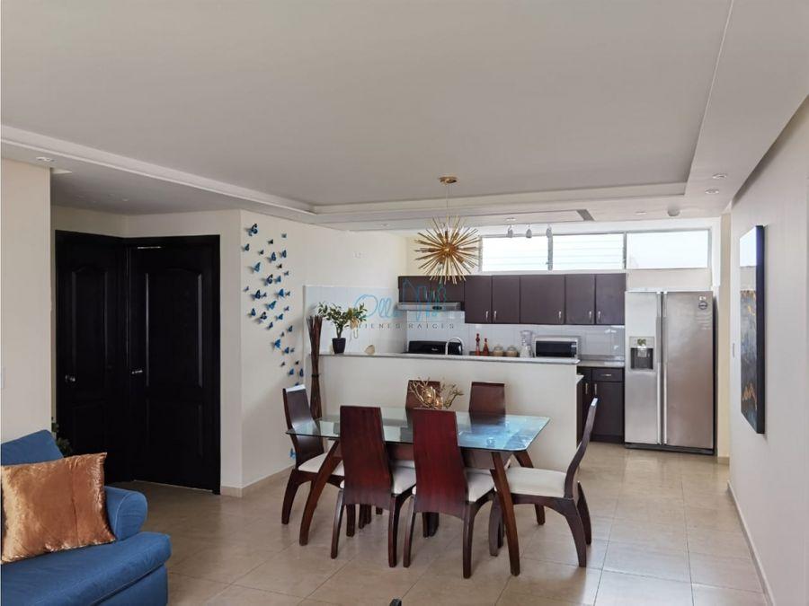 alquiler de apartamento en avenida balboa ollu1709