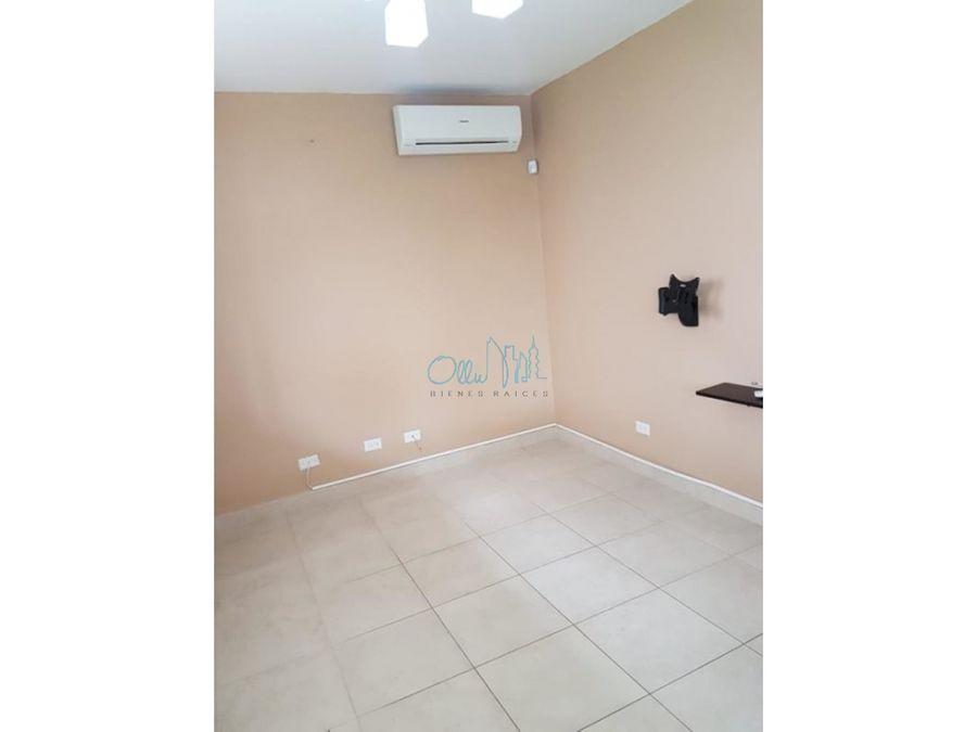 venta de casa en villas del golf ollu3006