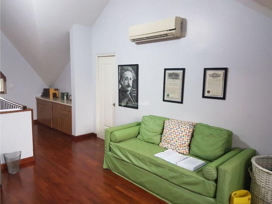 casa embassy garden por inversion rentada