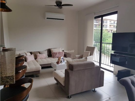 renta embassy club garden apartment amoblado