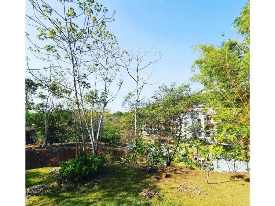 garden apartment amoblado embassy club negociable