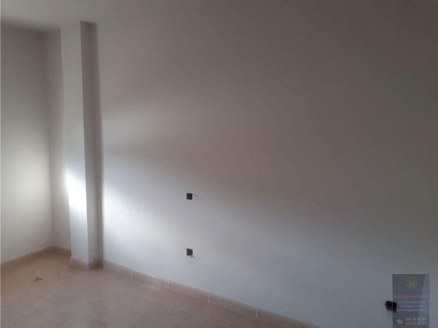 piso 3 dormitorios en camarena