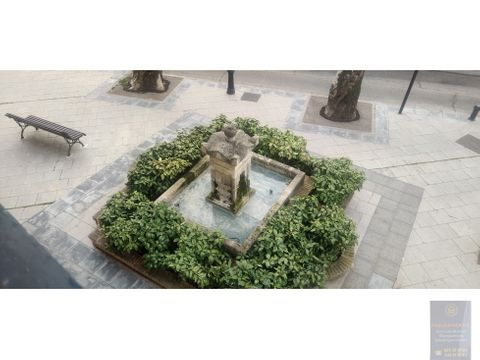 villaviciosa de odon frente palacio de godoy