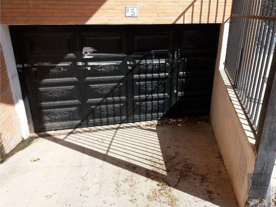 plaza de garaje en rielves