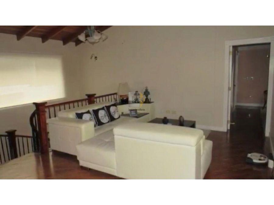 casa en tumbaco zona exclusiva