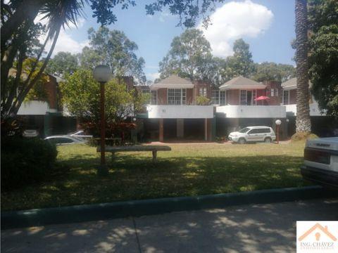 alquilo casa en zona 14 la villa