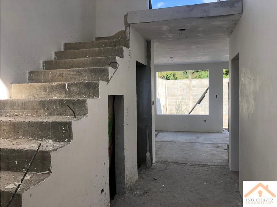 vendo casa en hacienda real zona 16
