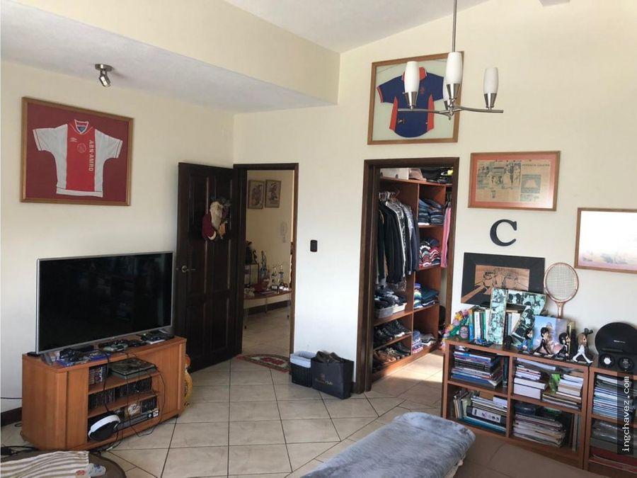 vendo casa en montebello 2
