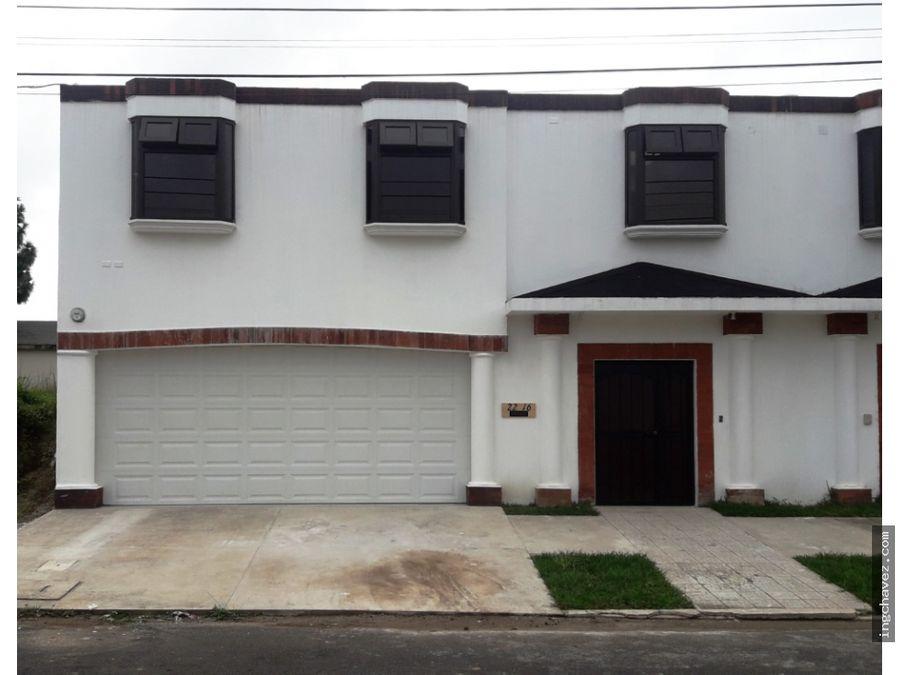 alquilo casa en puerta de hierro zona 16