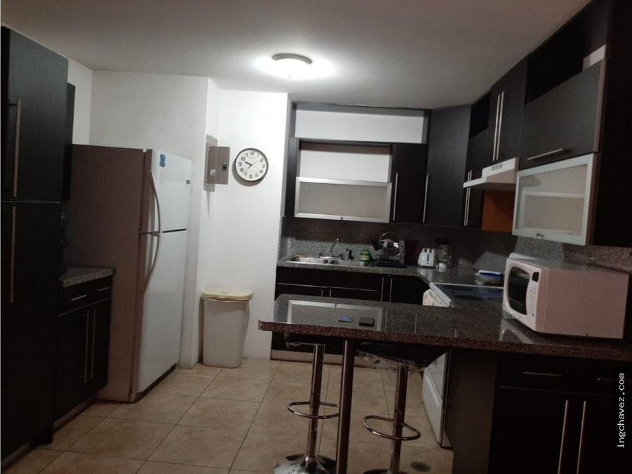 alquilo apartamento amueblado en zona 14