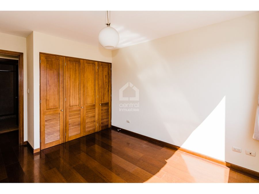 apartamento en renta alquiler de 2 habitaciones en zona 10