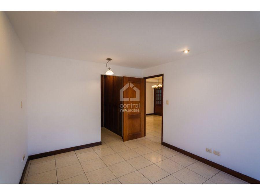 apartamento con 3 habitaciones y cuarto de servicio en venta z 10