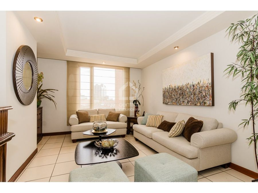 apartamento de 3 habitaciones amplio en renta en zona 10