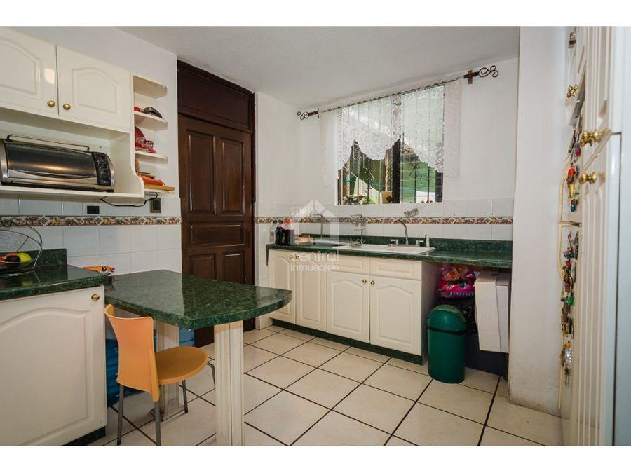 amplia casa en venta 3 habitaciones y estudio km 145 ces