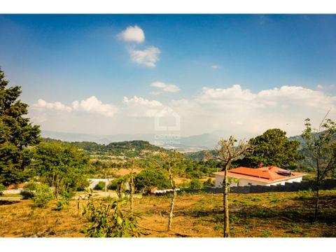 terreno grande con vistas a 15 minutos de antigua guatemala
