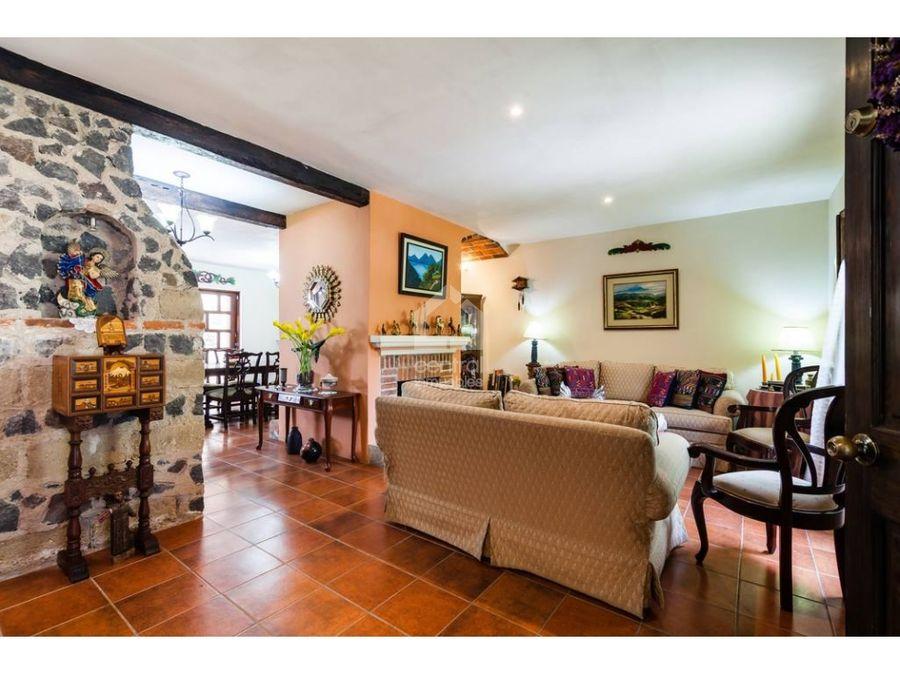 casa en venta en antigua guatemala residencial con seguridad