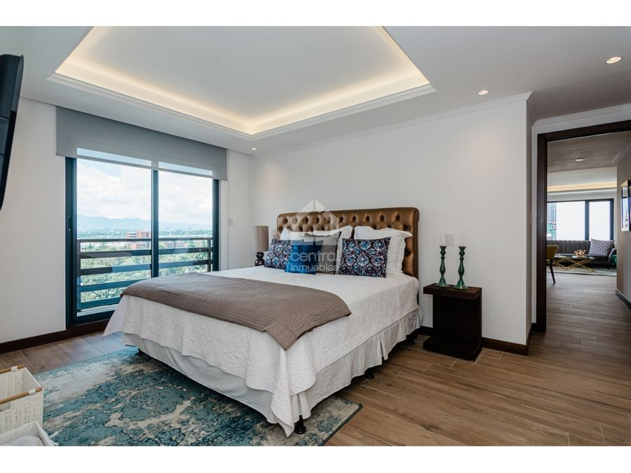 apartamento en venta de 2 habitaciones moderno con terraza zona 14